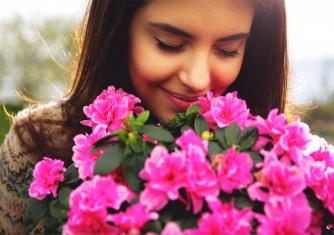 فروشگاه آنلاین گل و گیاه گلیتال | خواص بوییدن گل