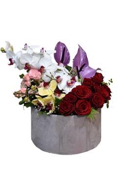 خرید باکس گل یسنا